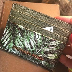 42b078a7e428 Michael Kors Accessories - Authentic Michael Kors leaf lg card case/ID  holder